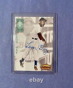 1994 Ted Williams Leon Day Certified On Card Auto Autograph HOF Negro League