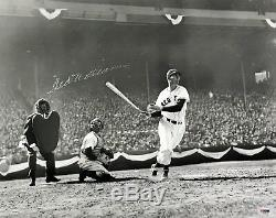 TED WILLIAMS SIGNED 16x20 B&W PHOTOGRAPH PSA/DNA J26473