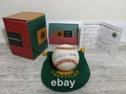 TED WILLIAMS Signed Autographed Baseball with UDA-Upper Deck Authentication COA